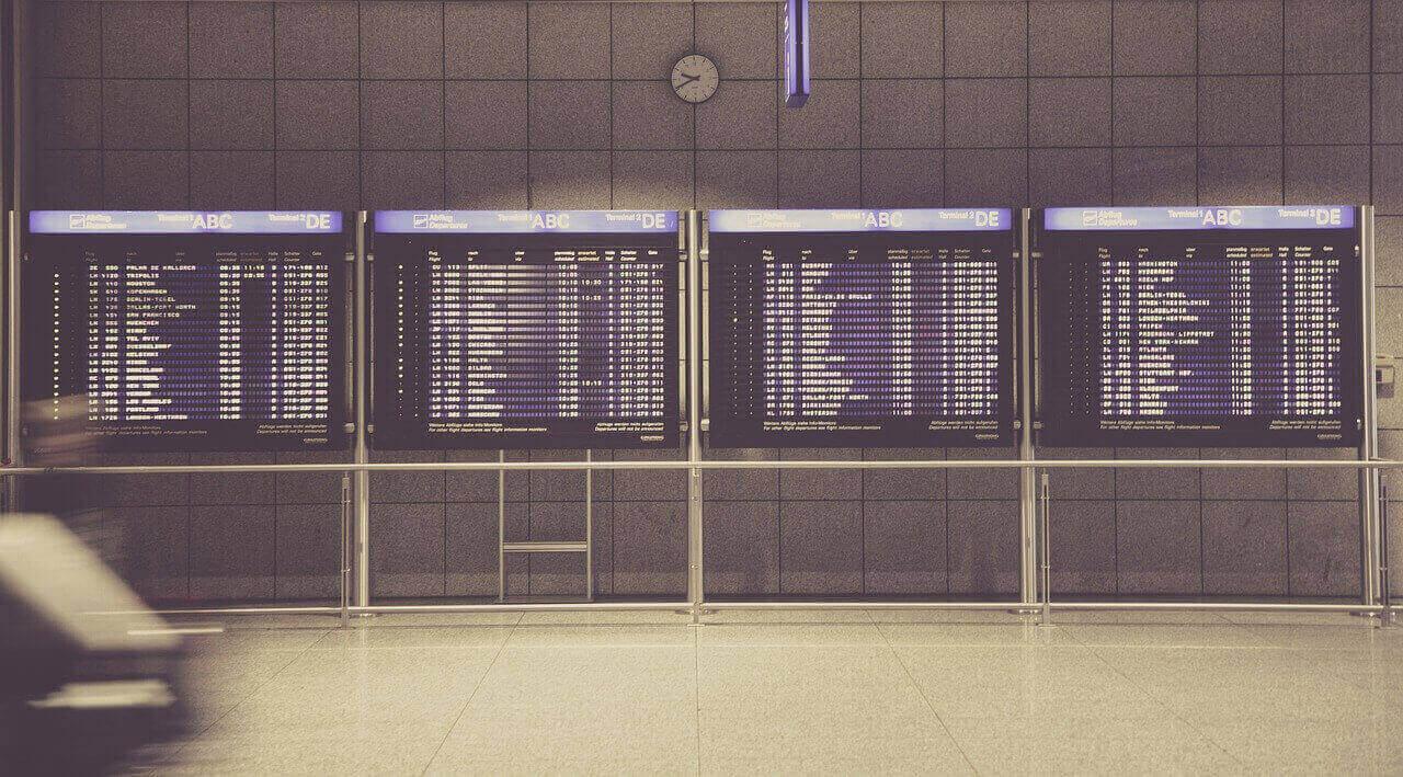 lotniska w holandii